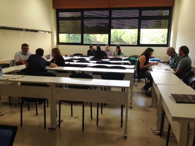 grupo de alumnos en el master de empresas agroalimentarias donde ccl da formación